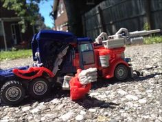 Transformers: Age of Extinction - Autobots Return Stop Motion Transformers Film, Optimus Prime, Stop Motion, Power Rangers, Monster Trucks, Scene, Make It Yourself, Sewing, Crochet