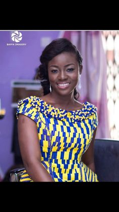 Dear Fashion Savvy Ladies, We are writing to let you know that kente has come to impress us with amazing designs. Kente is not as common as Ankara which makes it an appealing fabric. African Print Dresses, African Print Fashion, African Fashion Dresses, Africa Fashion, African Dress, Fashion Prints, African Lace, African Prints, African Style
