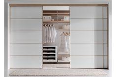 armarios empotrados con puertas de cristal