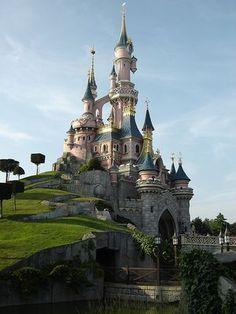 Диснейленд в Париже. Стоимость билетов в парк развлечений