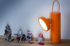 Lampe à LED sans fil #orange #design #madeincanada #canadaproduct #lampedemineur #home #light #lecomptoiramericain
