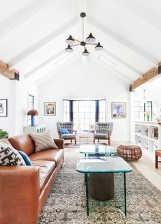 Lofted ceilings and southwestern touches: http://www.stylemepretty.com/living/2016/03/06/50-moments-on-smp-living-to-inspire-a-beautiful-life/: