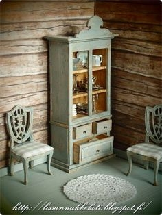 Miniature shabby chic furniture in 1/12 scale