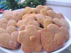 Πεντανόστιμα μπισκοτάκια αρωματικά κανέλας με πολύ λίγα υλικά !!! Greek Recipes, Dog Food Recipes, Gingerbread Cookies, Biscuits, Food Porn, Sweets, Desserts, Cupcake, Cakes