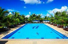 Pool at Hulhule Island hotel, Maldives -->>> www.voyagewave