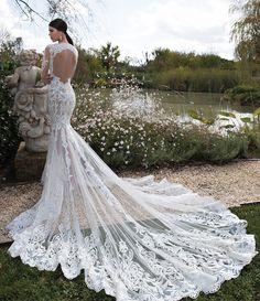 Delicado, Lindo e muito Romântico!   #bertabridal #blacktie #vestidodenoiva #casamento #sitesdecasamento #casare #sitedosnoivos #omaiselegante