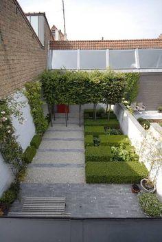 Terraza con parterres simetricos
