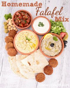 Quick & Easy Homemade Falafel Mix Recipe So easy to mix it. Then store until you have a hankering for falafel. When you're ready for an Israeli treat, mix with water and lemon juice. So easy, so delicious. Wrap Recipes, Side Dish Recipes, Dinner Recipes, Delicious Vegan Recipes, Healthy Recipes, Do It Yourself Food, Israeli Food, Israeli Recipes, Gastronomia