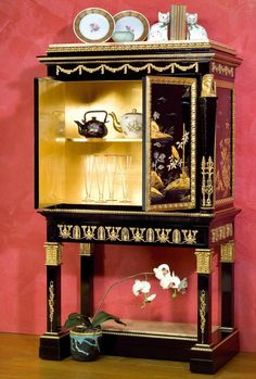 China cabinet Louis XV with golden interiors
