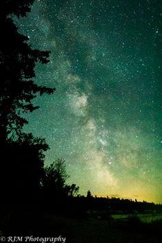 Perseid meteor shower: photo by Randy Martin near Victoria Beach, Manitoba Beautiful World, Beautiful Things, Victoria Beach, Perseid Meteor Shower, Nature Artwork, Nature View, August 13, Night Lights, Milky Way