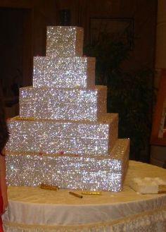 Over the top wedding cake - edible glitter. Bling Wedding Cakes, Bling Cakes, Sparkle Wedding, Edible Glitter, Glitter Cake, Glitter Top, My Birthday Cake, Barbie Birthday, Wedding Blog