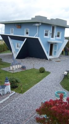 Usedom umgedrehtes Haus