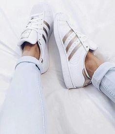 shoes, adidas, and fashion Bild