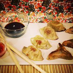 Menjar a Cala Blanca: GYOZAS CASERAS - EMPANADILLAS JAPONESAS