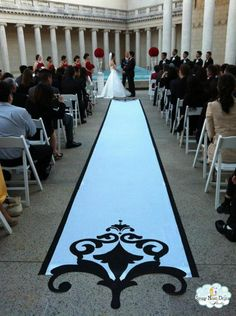 Fancy cut ends on this custom aisle runner add interest, contrast and texture to the ceremony decor. #weddings #aisle runners #custom aisle runner www.starrynightdesignstudio.com
