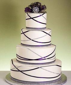 So Cute Garland Bling Wedding Cake Design