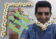 Trama de pérolas Wave - YouTube Beaded Sandals, Beaded Jewelry, Handmade Jewelry, Beading Tutorials, Beading Patterns, Decorating Flip Flops, Diy Necklace, Necklaces, Jewelry Making Supplies