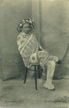 Africa | Swahili woman. Zanzibar. ca. 1900 - 1910. | Vintage postcard; photographers de Lord Brothers. No. 13
