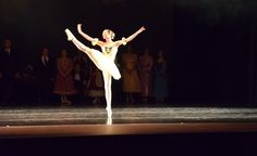 Classes offered in Classical Ballet, Pointe, Partnering & Tap. | Art Center School of Dance