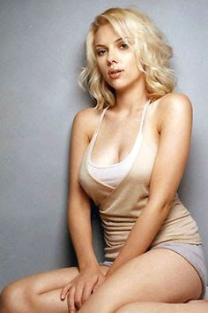 """@InstaMag - Actress Scarlett Johansson feels """"icky"""" talking personally about the gender pay gap in Hollywood."""