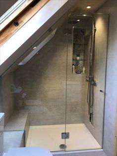 Dachgeschoss Schlafzimmer Boho - Source by sinaweidler attic bedroom Attic Shower, Small Attic Bathroom, Attic Master Bedroom, Loft Bathroom, Attic Bedrooms, Upstairs Bathrooms, Bedroom Loft, Bathroom Interior, Bathroom Modern