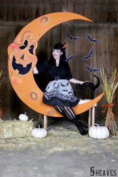 Lindsay S. - Halloween Moon