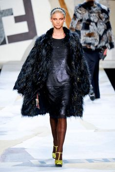 Fendi Fall 2011 Ready-to-Wear Collection
