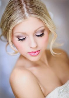 Using Pink Bridal Makeup on Your Wedding Day. http://memorablewedding.blogspot.com/2014/01/using-pink-bridal-makeup-on-your.html