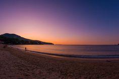 Questo è un classico tramonto visto dalla spiaggia dell'Hotel Delfino. Volete provare di persona questa emozione?