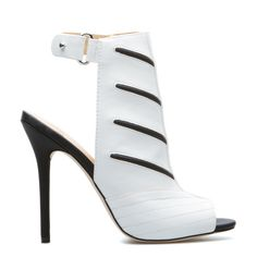 kinda of loving' these Gwen Stefani heels #heels