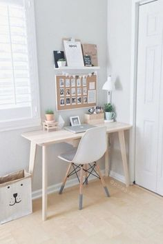Cool small home office ideas, remodel and decor (123) #DIYHomeDecorSmallSpaces