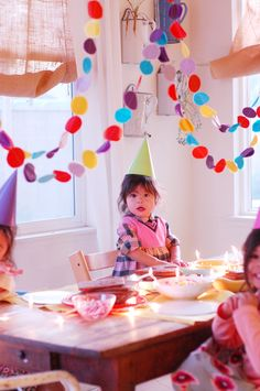 mycakies blog has the cutest family and the best craft ideas <3