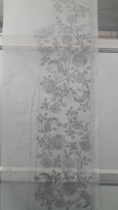Chain Stitch Embroidery, Bead Embroidery Patterns, Tambour Embroidery, Embroidery On Clothes, Indian Embroidery, Embroidery Dress, Floral Embroidery, Beading Patterns, Embroidery Stitches
