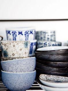 Japanese dishes mottled © e © tea and teapot Weddings Frà ¨ res