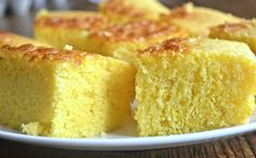 Gluten-Free Coconut Oil Cornbread – Make the Best of Everything Gluten Free Bakery, Gluten Free Recipes, Low Carb Recipes, Real Food Recipes, Passover Recipes, Gf Cake Recipe, Yeast Free Breads, Gluten Free Cornbread, Gluten Free Thanksgiving
