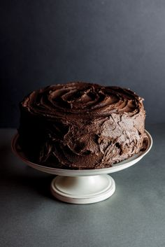 Chocolate Peanut butter cake - this can't fail ! nothing with peanut butter ever does :) Chocolate Peanuts, Chocolate Peanut Butter, Chocolate Recipes, Chocolate Cake, Chocolate Buttercream, Baking Recipes, Cake Recipes, Dessert Recipes, Köstliche Desserts