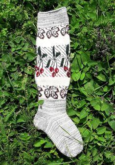 Wool knee stockings Pure sheep wool socks Winter wool   Etsy Cable Knit Socks, Wool Socks, Knitting Socks, Knitting Machine, Pink Socks, Organza Gift Bags, Sheep Wool, Stockings, Pure Products
