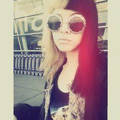 I want those glasses!!!