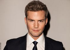 Entrepreneurshipis not for the faintof heart. Ryan Serhant, star ofBravo's Emmy Award-nominatedMillion Dollar Listing New York,worked his way from ranch hand in Steamboat Springs, Colo., to real estate king in Manhattan.