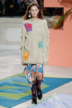 Sweater is wrong color & needs to drape patches are silly here. Peter Pilotto Fall 2017 Ready-to-Wear Fashion Show - Jay Wright