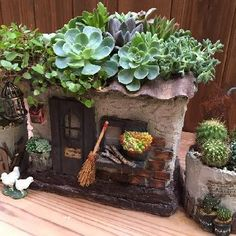 Succulent Pots, Succulents Garden, Garden Pots, Clay Houses, Miniature Houses, Pottery Houses, Concrete Crafts, Fairy Garden Houses, Plant Decor