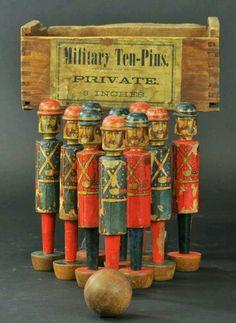 Soldats de bois vintage