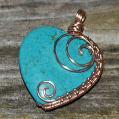Wire wrapped jewelry - Turquoise Heart Wrapped in Rose Gold Pendant – Wire wrapped jewelry Bijoux Wire Wrap, Bijoux Diy, Wire Wrapped Jewelry, Copper Jewelry, Beaded Jewelry, Handmade Jewelry, Copper Wire, Jewlery, Wire Jewelry Making