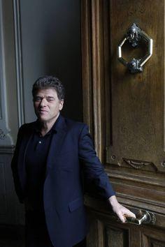 O escritor e jornalista Andrew Keen.