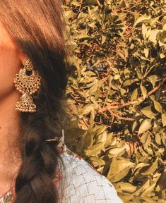 Face Aesthetic, Indian Aesthetic, Cute Girl Poses, Cute Girls, Girly Pictures, Girly Pics, Tumblr Photography, Jewelry Photography, Indian Photoshoot