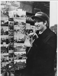 since mainly photos + real facts about the history of THE BEATLES! (and John is my light! Beatles Band, Les Beatles, John Lennon Beatles, Liverpool, The Quarrymen, John Lemon, The Fab Four, Yellow Submarine, Ringo Starr