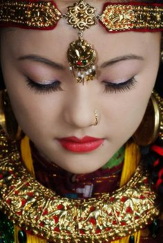 Nepalese girl dressed in traditional costume and jewellery | © orion976, on RedBubble.
