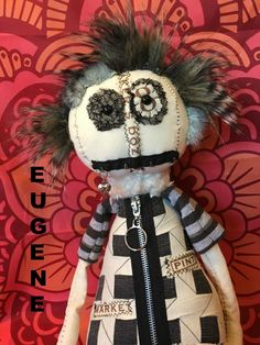monster dolls,handmade dolls,handmade monster,hand sewn dolls,hand sewn monsters,creepy dolls,gothic dolls, dolls, primitive dolls,grunge by DDSMASCOTMONSTERS on Etsy