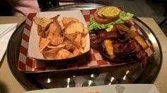 It was buzz about the amazing beef that had brought us to this little storefront, so we, of course, ordered a Vagabond Burger ($15.95) with caramelized onion, aged cheddar, maple bacon and Thousand Island dressing.