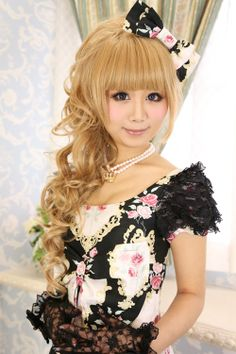 "☮JAPANESE STREET FASHiON☮••• hime gyaru ♥ ""princess girl"" fashion ~ makeup ~ hair ~ curls ~ wig ~ hair bow ~ dress ~ floral ~ lace ~ gloves ~ pearl necklace ~ cute ~ kawaii"